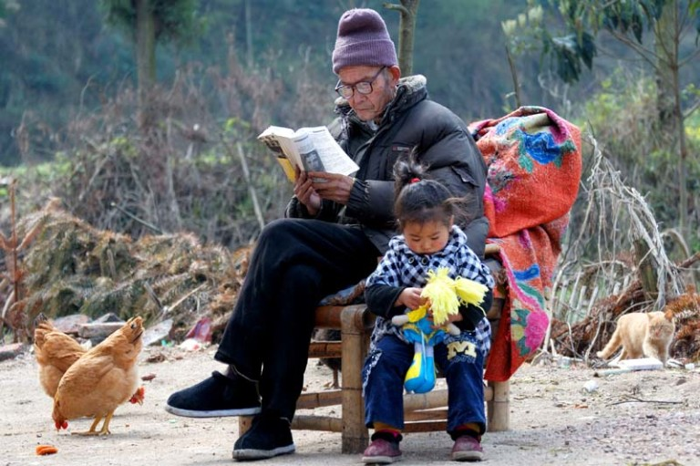 Chinese rural people are surfing on the digital wave