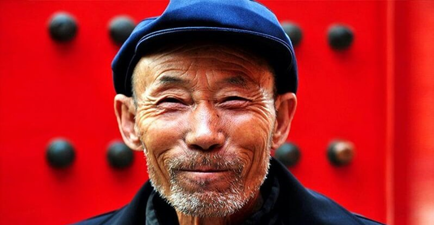 chinese older china senior ant market funds retirement elderly smiling target date fortune support delivery joa buenos growing sell way